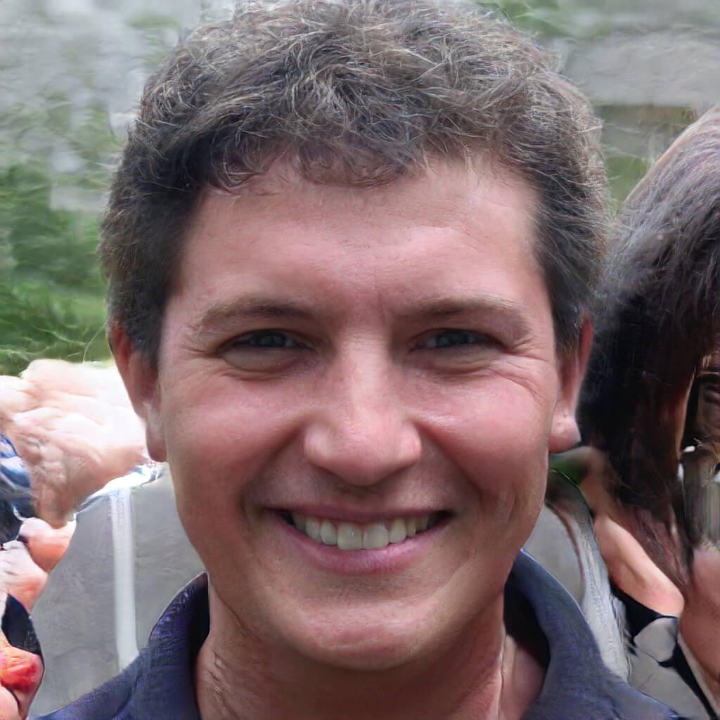 Marco Antonio S.
